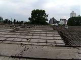 Die Dachplatten mit 6500 m2 <br /> Fläche müssen weichen